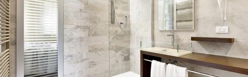 Dispenser bagno per Hotel ed Attività commerciali: guida e consigli utili all'acquisto.